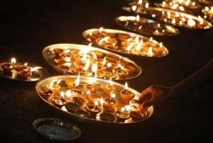 179841-festive-season-across-the-world-halloween-in-the-u-s-and-diwali-2011-f